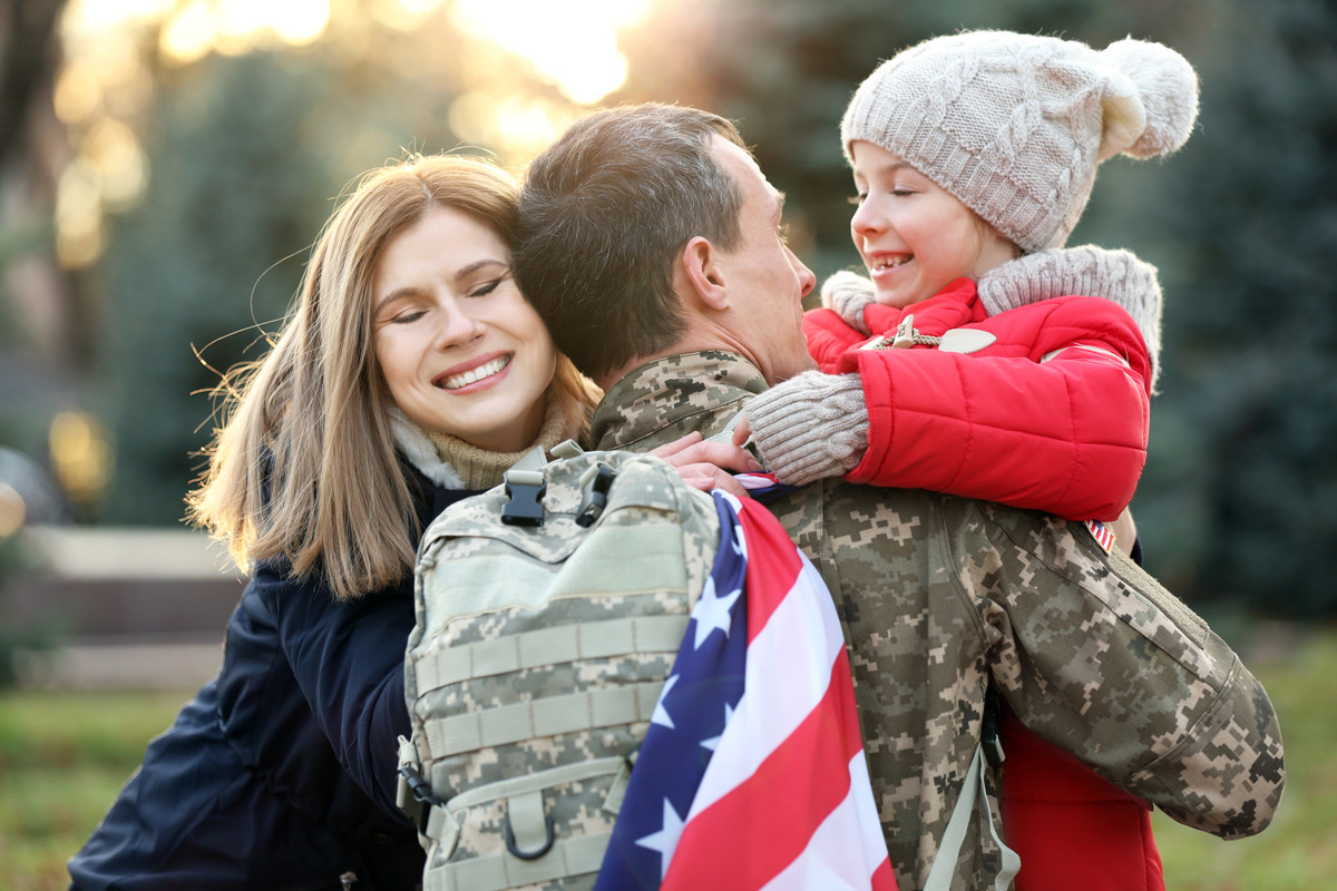 A Military man returns home to his wife and child.